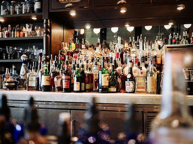 משקאות אלכוהוליים