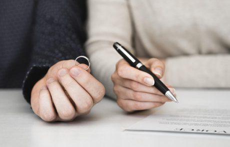 איך בוחרים עורך דין גירושין?