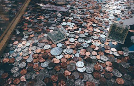 1.85 מיליארד ₪ בשנה עוברים מיד ליד בתרומות קטנות – בJgive נותנים בהם סימנים